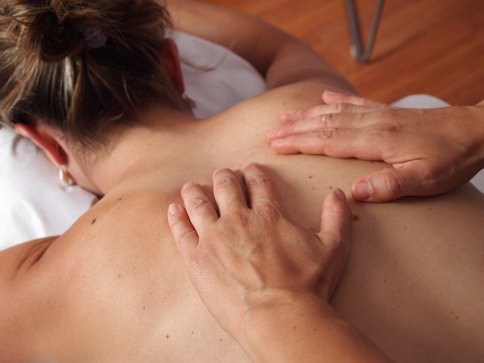 Dorn-Breuss Therapie